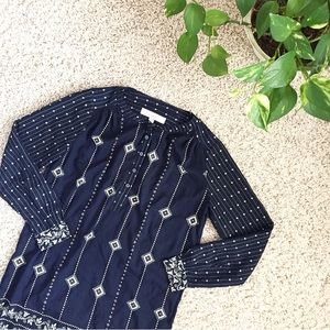 🆕 LOFT Navy White patterned Long sleeve dress